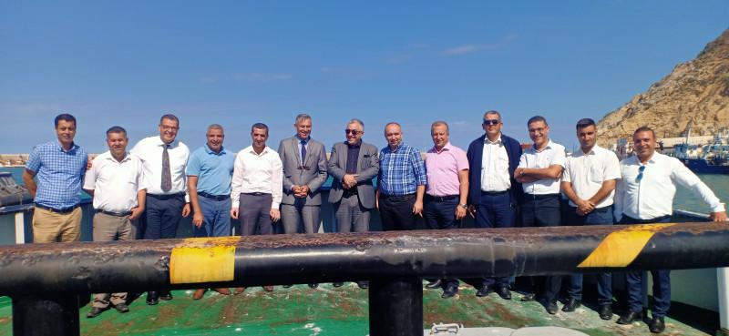 Le Directeur Général De CMA CGM France En Visite Au Port de Ghazaouet